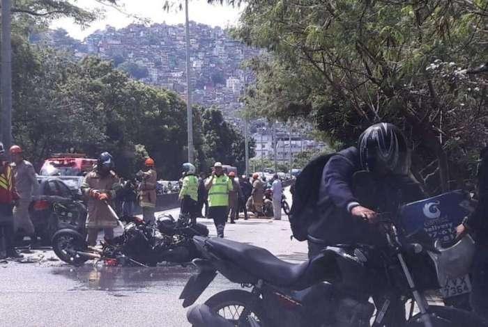 Acidente interdita Autoestrada Lagoa-Barra