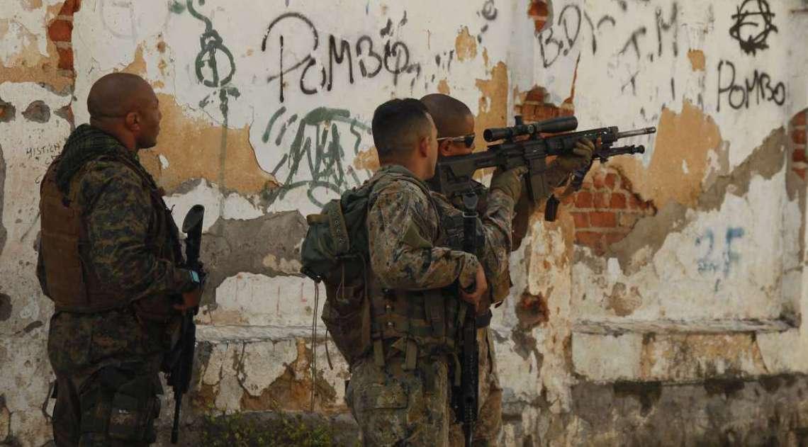 Operação  do Bope no Complexo de Favelas do Lins zona Norte do Rio, Estrada Grajaú Jacaré Paguá ficou feixada nos dois centidos pela manhã. Foto  Severino  Silva Agencia O Dia