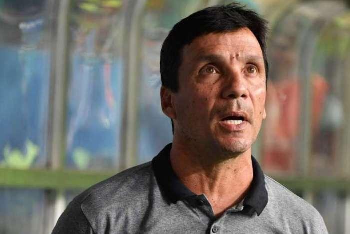 Zé Ricardo critica arbitragem de confronto contra São Paulo