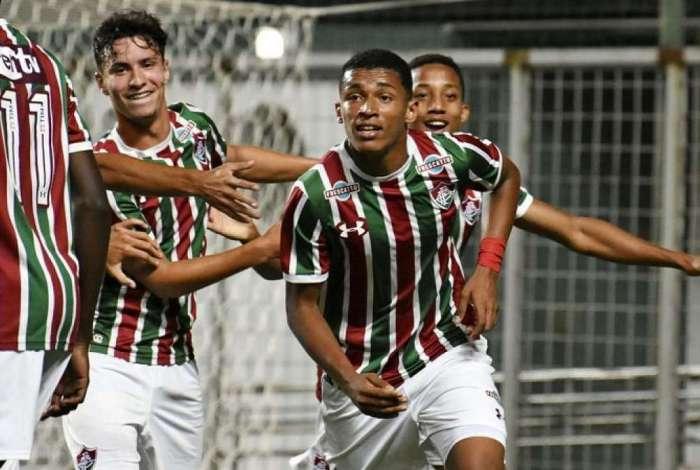 Atacante do Fluminense sub-17, Marcos Paulo