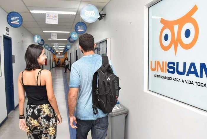 Unisuam promove vestibular solidário com bolsas de 100%