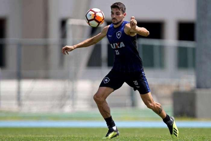 Pimpão pede apoio da torcida para o Botafogo superar a crise e o risco de rebaixamento no Brasileiro