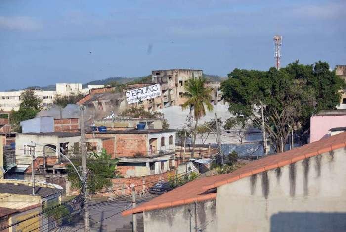 Crivella acionou botão para implosão de condomínio na Zona Oeste
