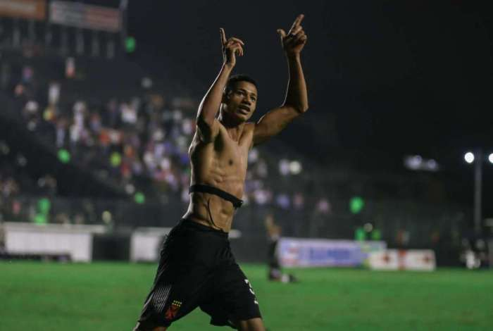Vasco derrotou o Bahia por 2 a 1