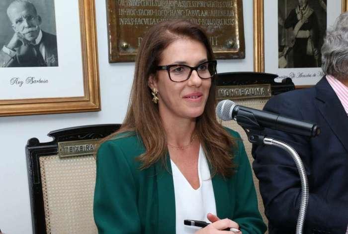 Luciana Lóssio, presidente da Comissão de Direito Eleitoral do Instituto dos Advogados Brasileiros (IAB).