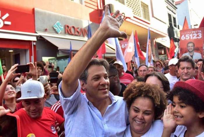 Candidato a Presidência da República pelo PT, Fernando Haddad, durante campanha