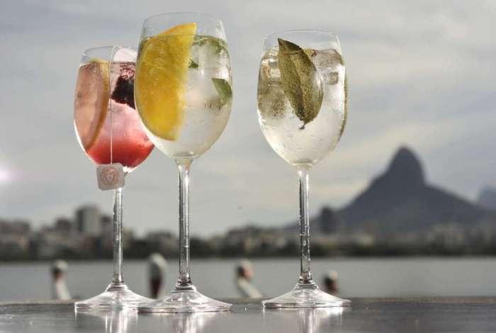 Os drinks Botânicos Especiais, criações do Badalado Lagoa Club