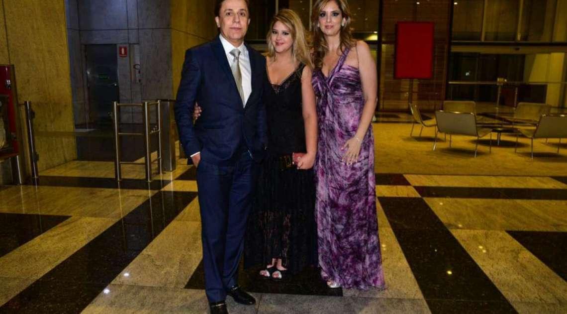 Tom Cavalcante com a mulher, Patricia Lamounier, e a filha, Maria Antônia