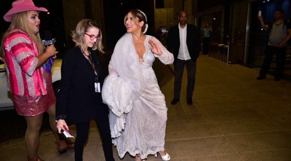 Camila Camargo se casa com o diretor Leonardo Lessa