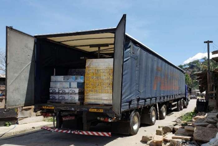 Polícia recupera carga roubada no Complexo da Pedreira