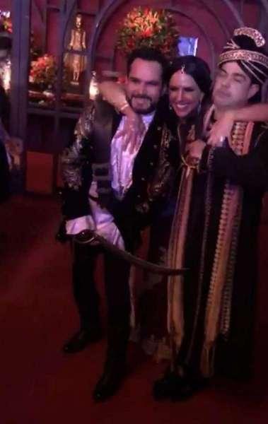 Zezé Di Camargo e Luciano posam com Graciele Lacerda