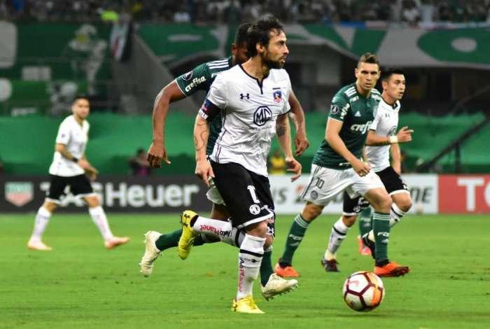 Valdívia desperta o interesse de clubes brasileiros