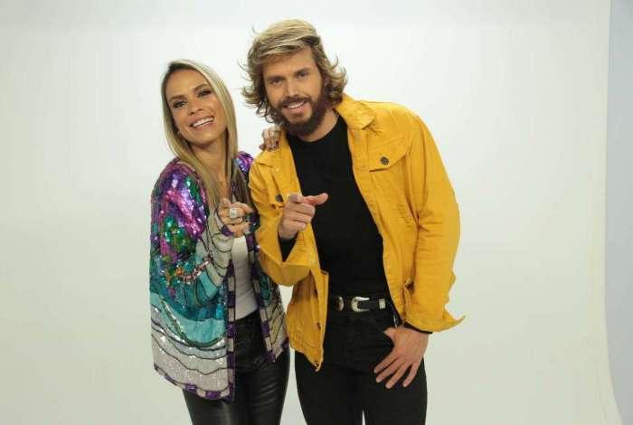 Ligia Mendes e Franklin David, apresentadores do 'Tricotando', que estreia hoje na RedeTV!: