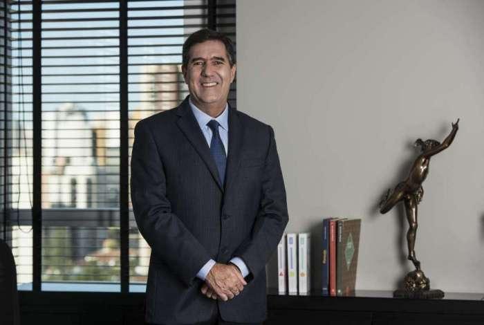 Vice-presidente da CNC, Luiz Gastão Bittencourt da Silva orientou funcionários a votar em Bolsonaro: Votem com o Brasil, com a família e com Deus acima de tudo