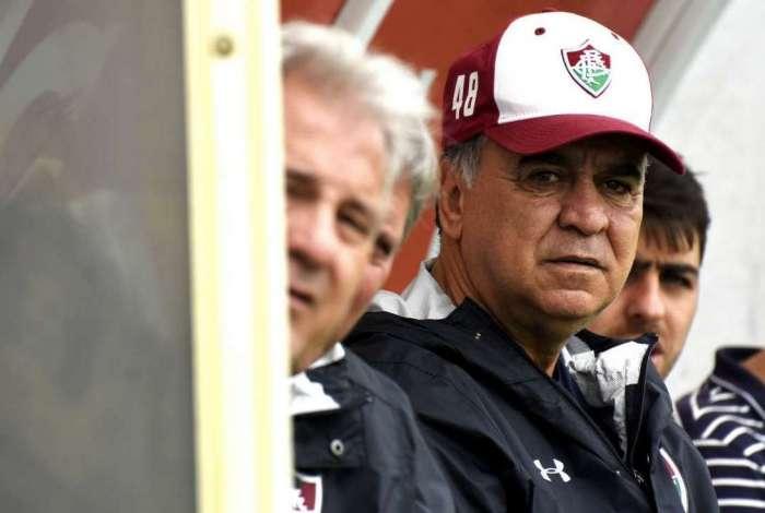 Marcelo Oliveira comemora vitória sobre o Paraná