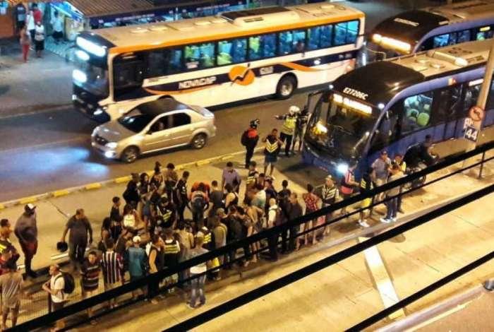 O atropelamento aconteceu no sentido Taquara da pista do BRT Transcarioca