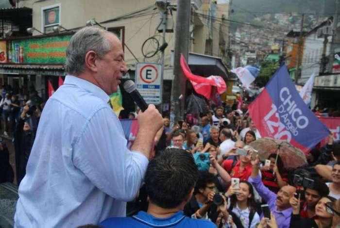 Ciro Gomes tenta conter a polarização entre Jair Bolsonaro e Fernando Haddad