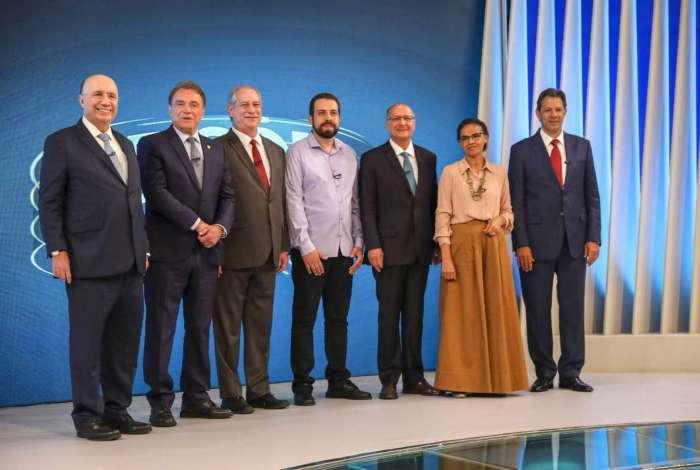 Presidenciáveis mais bem colocados nas pesquisas participam do último debate antes do primeiro turno das eleições; convidado, Bolsonaro não compareceu