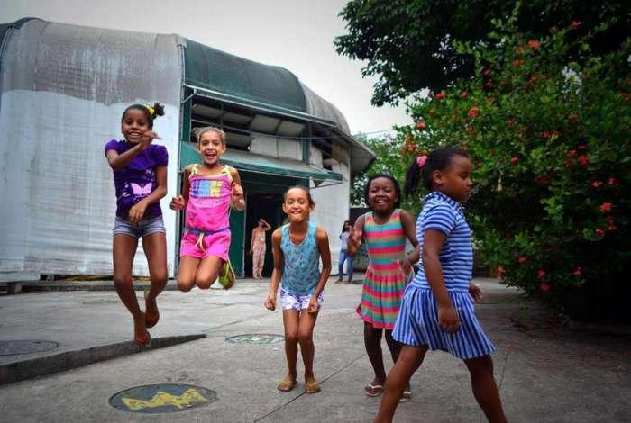 Na Lona Cultural da Maré, será montada uma quadra para brincadeiras e jogos