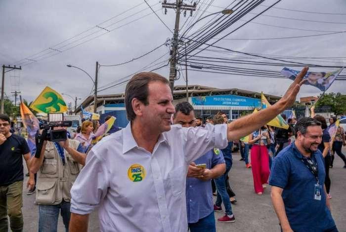 Paes escolheu a Zona Oeste do Rio e Baixada Fluminense para encerrar sua campanha no primeiro turno