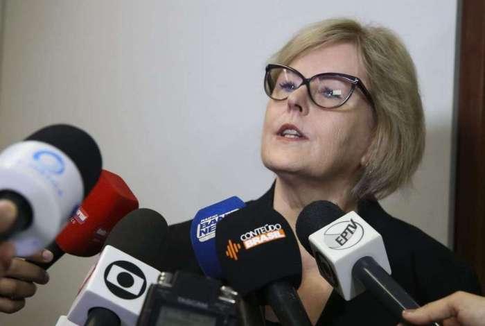 Presidente do Tribunal Superior Eleitoral, Rosa Weber foi alvo de críticas na internet