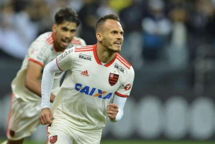Renê fechou a vitória do Flamengo em SP</p> <p>