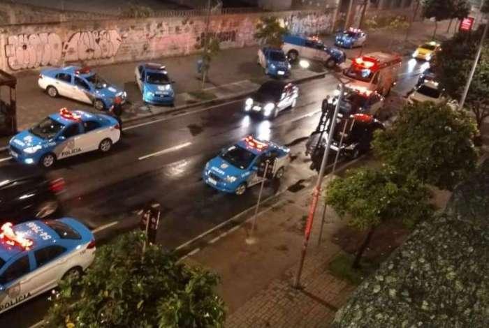 PM e cabo da Marinha são executados no Rio