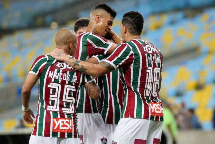 Fluminense goleou o Paraná