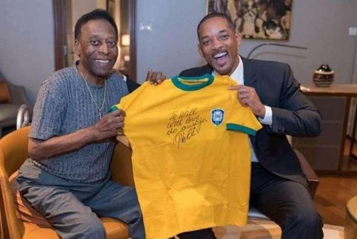 Will Smith se encontrou com Pelé em jantar beneficente