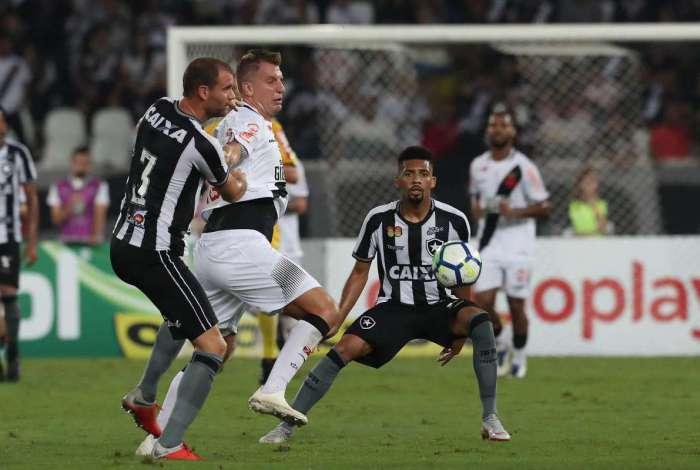 Vasco e Botafogo empataram