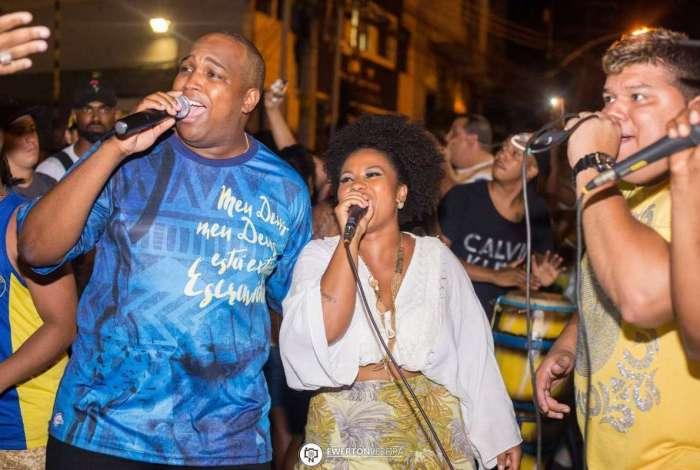 Intérpretes Celsinho Mody e Grazzi Brasil