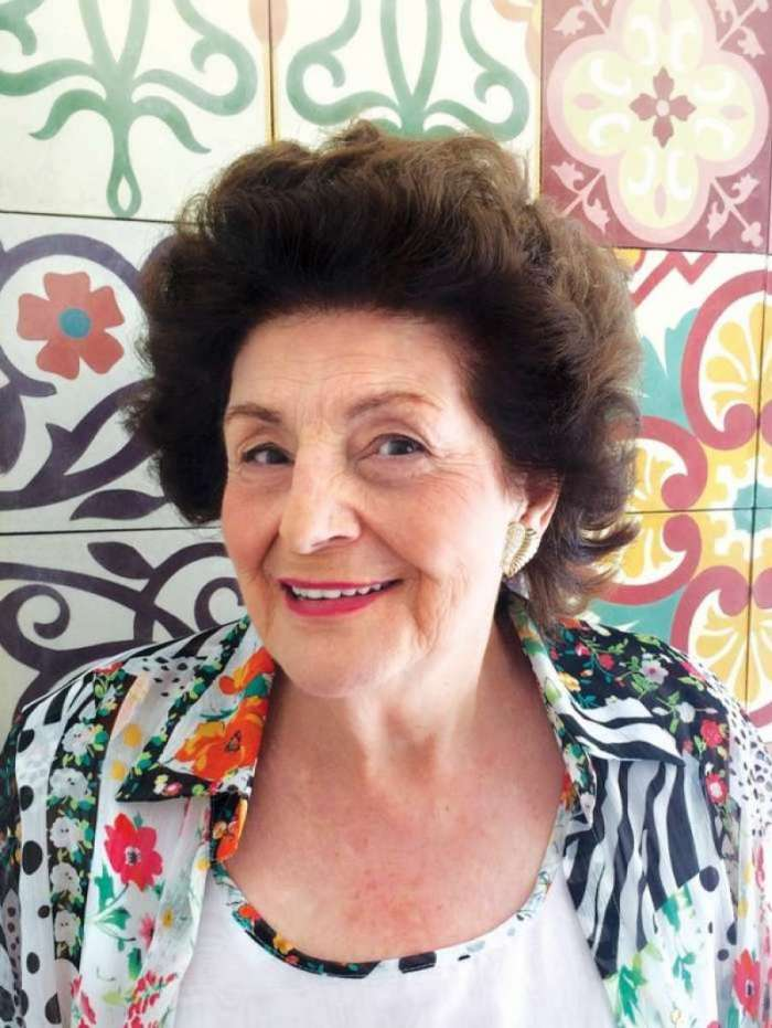 Aos 92 anos, morre Zibia Gasparetto