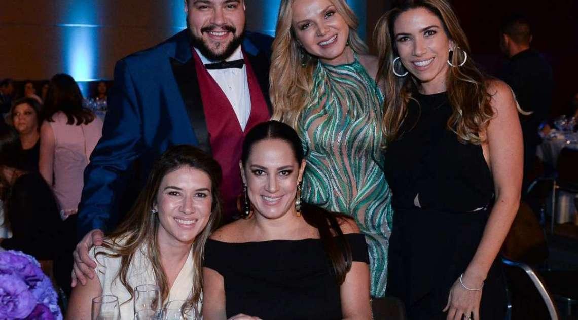 Thiago Abravanel, Eliana, Patrícia Abravanel, Rebeca Abravanel e Silvia Abravanel