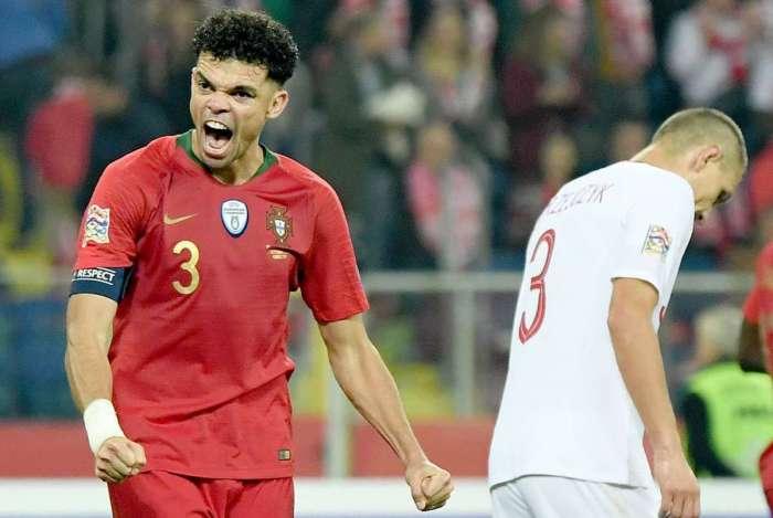Pepe vibra com a vitória de Portugal