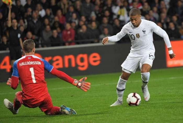 Kylian Mbappé salvou a França