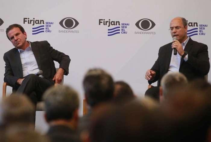 Candidatos ao Governo do Rio, Eduardo Paes (DEM) e Wilson Witzel (PSC) participaram de debate na Casa Firjan, em Botafogo
