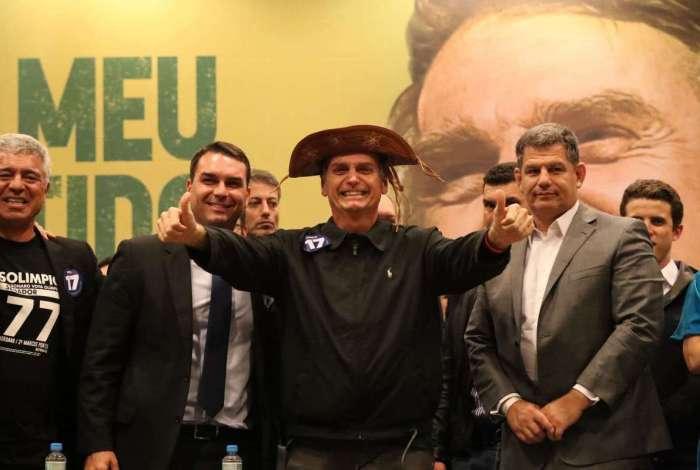 Candidato à Presidência Jair Bolsonaro dá entrevista coletiva em hotel na Barra da Tijuca