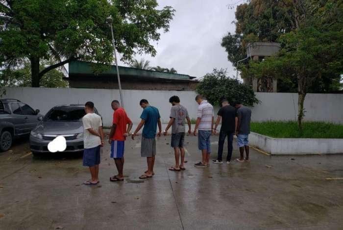 Polícia faz operação para prender suspeitos de crimes na Baixada