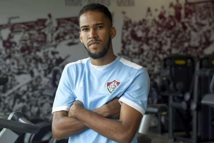 Everaldo ainda confia na Libertadores