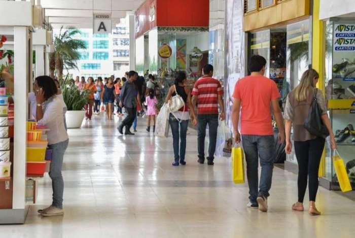 No país, número de vagas temporárias é estimado em 7,27 mil, 1,7% inferior ao do ano passado