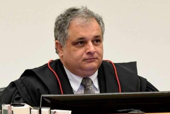 Jaques de Medeiros: 'pagar por difusão de fake news é crime'