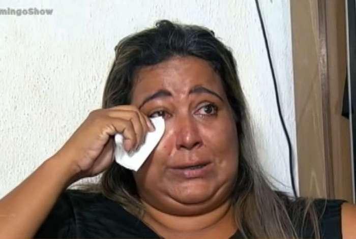 Ex-BBB Cida chora ao contar que perdeu o prêmio de R$ 500 mil que ganhou no 'Big Brother Brasil'