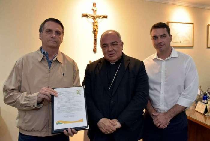 Resultado de imagem para Bolsonaro visita Arquidiocese do Rio para reafirmar posição contra aborto e drogas