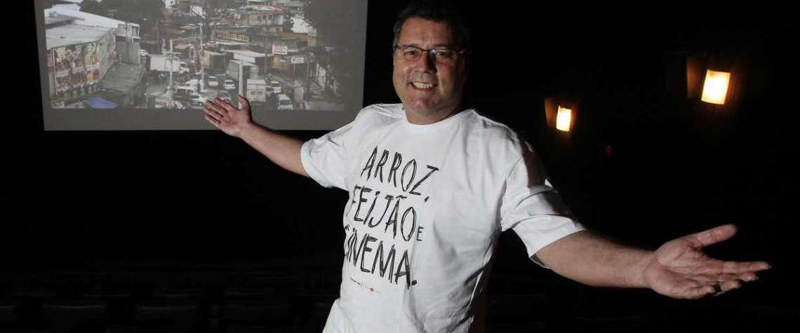 17/10/2018 - Entrevista com Adailton Medeiros, fundador do Ponto Cine, sala popular de Cinema digital do Brasil, localizada em Guadalupe, zona norte da cidade do Rio de Janeiro. Foto de Alexandre Brum / Agência O Dia - MEIA HORA CIDADE ENTREVISTA CINEMA CULTURA ENTRETENIMENTO ARTE ATORES ATRIZ ATOR