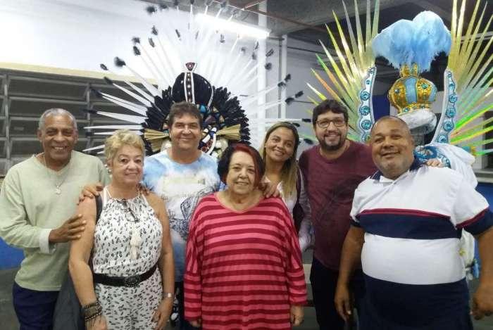 Presidentes das alas comerciais reunidos com Rosa Magalhães no barracão