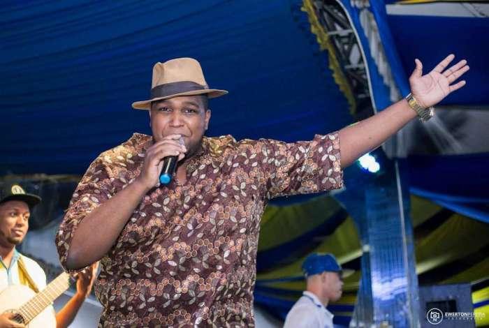 Celsinho Mody, intérprete de sambas da Acadêmicos do Tuiuti