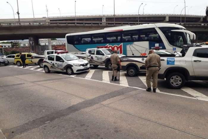 Órgãos municipais fazem fiscalização no entorno da rodoviária