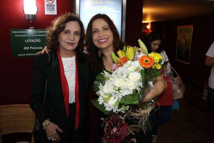 Rosamaria Murtinho prestigiou a estreia de Isadora Ribeiro