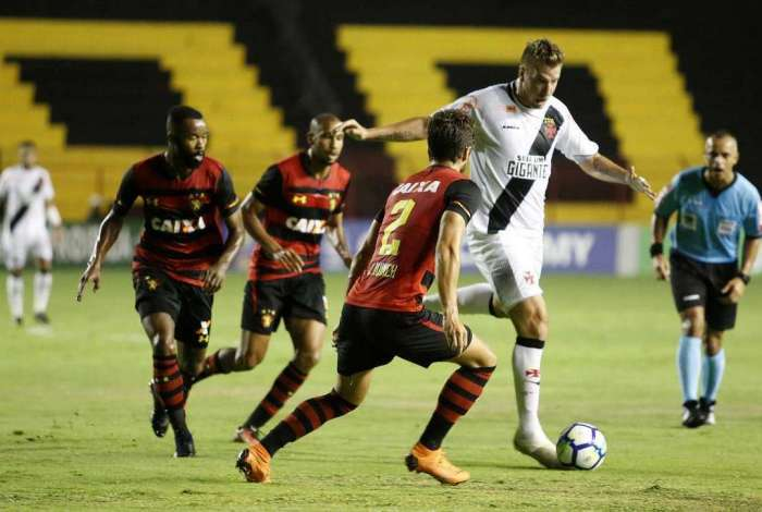 Vasco foi derrotado pelo Sport