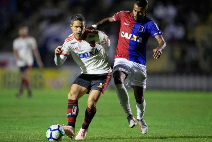 Alex Santana pode acertar com o Botafogo